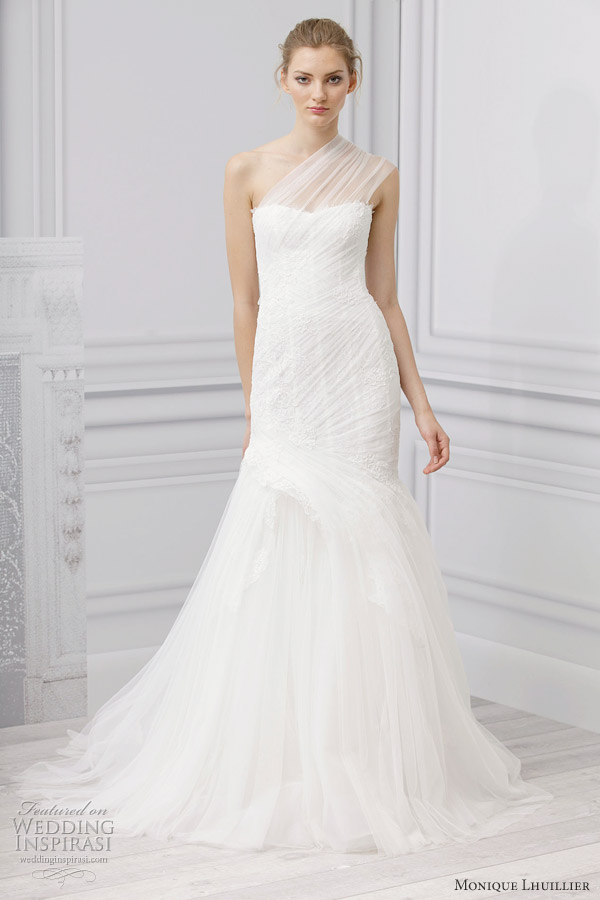 Monique lhuillier spring 2013 bridal gown fashion mlm for Where can i get my wedding dress steamed