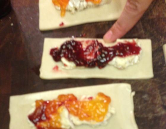 MLM Event Design | Raspberry Apricot Brie Pie Bites
